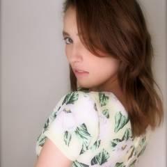 外国人風 ストレート セミロング ゆるふわ ヘアスタイルや髪型の写真・画像