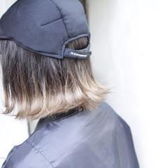 グレージュ ストリート ボブ 外ハネ ヘアスタイルや髪型の写真・画像