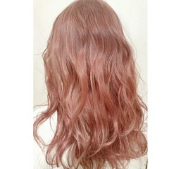 春 ロング 外国人風 ピンク ヘアスタイルや髪型の写真・画像