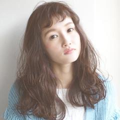 パーマ ロング 大人かわいい 外国人風 ヘアスタイルや髪型の写真・画像