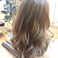 フェミニン デート ローライト ハイライト ヘアスタイルや髪型の写真・画像