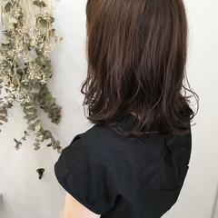切りっぱなし ロブ ウェーブ 涼しげ ヘアスタイルや髪型の写真・画像