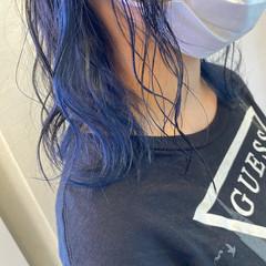 ミディアム インナーブルー フェミニン ネイビーブルー ヘアスタイルや髪型の写真・画像