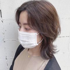 ウルフカット 透明感カラー 外ハネ 小顔ヘア ヘアスタイルや髪型の写真・画像