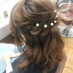 ヘアアレンジ ハーフアップ 結婚式 パールアクセ ヘアスタイルや髪型の写真・画像