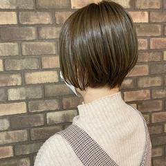 ショート イルミナカラー 大人ショート 小顔ショート ヘアスタイルや髪型の写真・画像