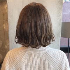 ロブ オフィス 謝恩会 外国人風カラー ヘアスタイルや髪型の写真・画像