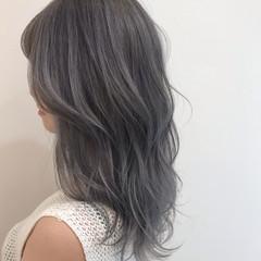 ブリーチカラー セミロング 透明感カラー モード ヘアスタイルや髪型の写真・画像