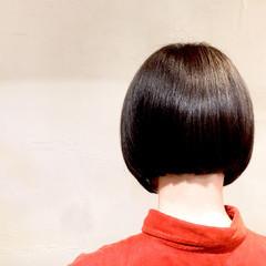 ミニボブ コントラストハイライト 大人ハイライト ショートヘア ヘアスタイルや髪型の写真・画像