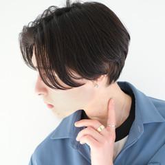ショート センターパート メンズヘア メンズカット ヘアスタイルや髪型の写真・画像