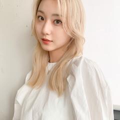 ミルクティーベージュ 外国人風カラー ホワイトベージュ 透明感カラー ヘアスタイルや髪型の写真・画像