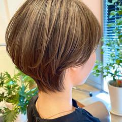 ナチュラル インナーカラー 小顔 ショートヘア ヘアスタイルや髪型の写真・画像