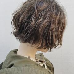 ボブ ミニボブ ベリーショート ゆるふわパーマ ヘアスタイルや髪型の写真・画像