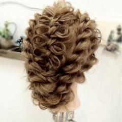 アップスタイル コンサバ ヘアアレンジ 編み込み ヘアスタイルや髪型の写真・画像
