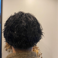 メンズパーマ ツーブロック メンズヘア メンズスタイル ヘアスタイルや髪型の写真・画像