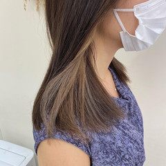 ミルクティーベージュ セミロング インナーカラーグレージュ ミルクティーグレージュ ヘアスタイルや髪型の写真・画像