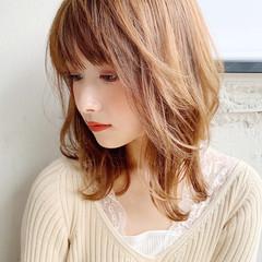 ミディアム モテ髪 フェミニン くびれカール ヘアスタイルや髪型の写真・画像