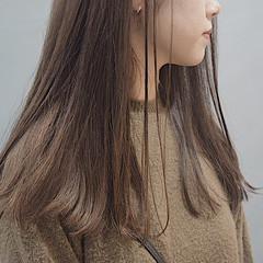 ミルクティーブラウン ホワイトベージュ ミルクティーベージュ ロング ヘアスタイルや髪型の写真・画像