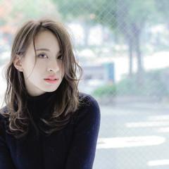 ミディアム ストリート ハイライト 外国人風 ヘアスタイルや髪型の写真・画像