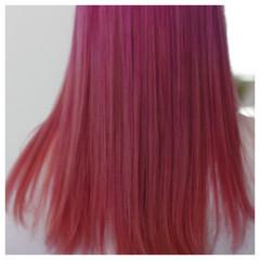 グラデーションカラー セミロング ストリート ピンク ヘアスタイルや髪型の写真・画像