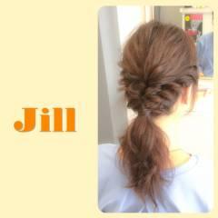 編み込み 簡単ヘアアレンジ ショート ローポニーテール ヘアスタイルや髪型の写真・画像