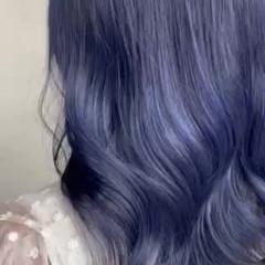 ナチュラル ブルーブラック ダブルカラー ブルーアッシュ ヘアスタイルや髪型の写真・画像