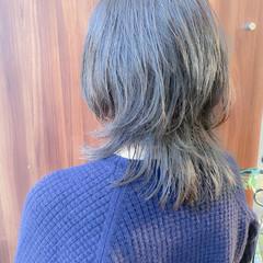 ミディアムレイヤー 美シルエット ミディアム ウルフカット ヘアスタイルや髪型の写真・画像