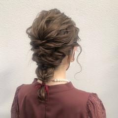 フェミニン ベージュ ミルクティーベージュ ミディアム ヘアスタイルや髪型の写真・画像