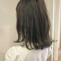 切りっぱなし 秋 外ハネ ミディアム ヘアスタイルや髪型の写真・画像
