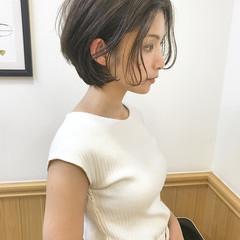 センターパート 大人女子 オフィス ナチュラル ヘアスタイルや髪型の写真・画像