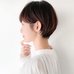 マッシュショート ナチュラル 透明感カラー 小顔ショート ヘアスタイルや髪型の写真・画像