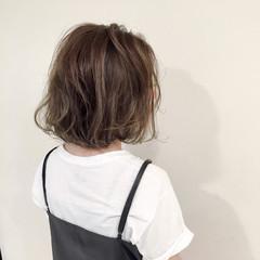 アッシュ 大人かわいい ストリート ハイライト ヘアスタイルや髪型の写真・画像