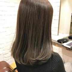 オフィス ナチュラル セミロング 簡単ヘアアレンジ ヘアスタイルや髪型の写真・画像