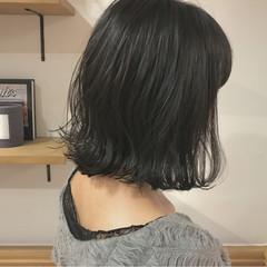 外ハネ 透明感 ナチュラル 秋 ヘアスタイルや髪型の写真・画像