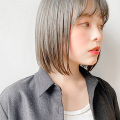 レイヤーボブ ショートボブ ハイライト 簡単ヘアアレンジ ヘアスタイルや髪型の写真・画像