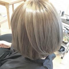 ボブ アッシュ グラデーションカラー イルミナカラー ヘアスタイルや髪型の写真・画像