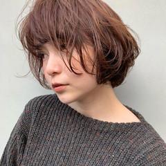 アウトドア パーマ アンニュイほつれヘア ナチュラル ヘアスタイルや髪型の写真・画像