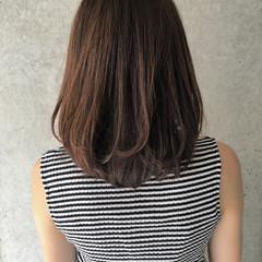グラデーションカラー ゆるふわ アッシュ パーマ ヘアスタイルや髪型の写真・画像