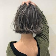 ハイライト グレージュ ナチュラル 外国人風 ヘアスタイルや髪型の写真・画像