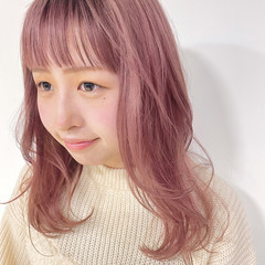 セミロング ナチュラル ピンク ベリーピンク ヘアスタイルや髪型の写真・画像