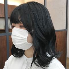アッシュ 透明感カラー ミディアム レイヤーカット ヘアスタイルや髪型の写真・画像