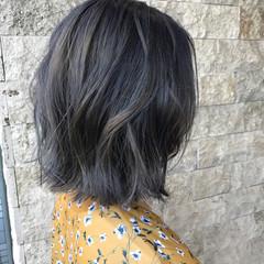 ダブルカラー ブルージュ ストリート グレージュ ヘアスタイルや髪型の写真・画像