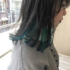 ブルー グレー ナチュラル ミディアム ヘアスタイルや髪型の写真・画像