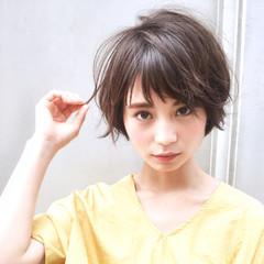 アンニュイ 大人かわいい ショート ナチュラル ヘアスタイルや髪型の写真・画像