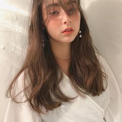 ヘルシースタイル ハイライト ナチュラル シースルーバング ヘアスタイルや髪型の写真・画像
