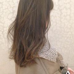セミロング 謝恩会 オフィス デート ヘアスタイルや髪型の写真・画像