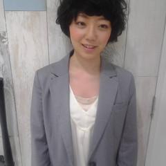 ガーリー 黒髪 ショート フェミニン ヘアスタイルや髪型の写真・画像