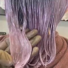 ミニボブ 切りっぱなしボブ インナーカラー ボブ ヘアスタイルや髪型の写真・画像