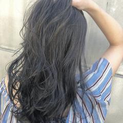 ロング エフォートレス ブリーチなし グレージュ ヘアスタイルや髪型の写真・画像