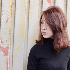 ミディアム ロブ 冬 色気 ヘアスタイルや髪型の写真・画像